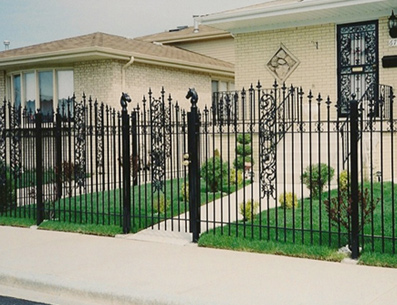 Chicago Fence Company Wood Chain Link Fencing